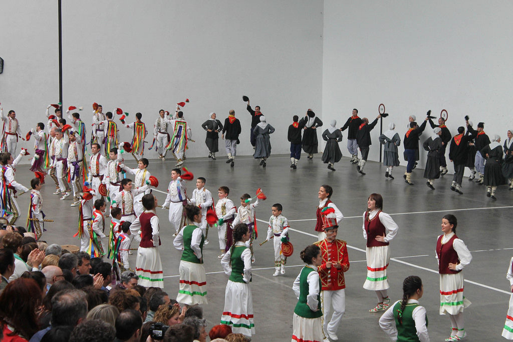 Luzaide. 2017. Martxa. Iturria: Dantzan.eus-Maite Irizar