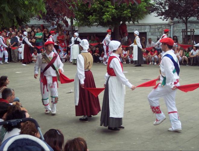 Lesaka, 2007. Soka dantza. Arg.: Rafael Eneterreaga